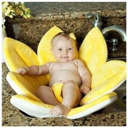 Upanaway Blooming Bath Plush Baby Bath - Canary Yellow