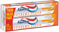 Aquafresh® Triple Protection® Extreme Clean® Whitening Action Mint Blast Toothpaste 5.6 oz. 2 count Box