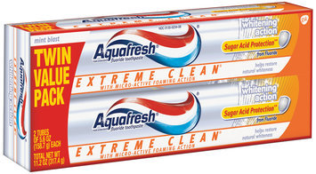 Aquafresh® Triple Protection® Extreme Clean® Whitening Action Mint Blast Toothpaste