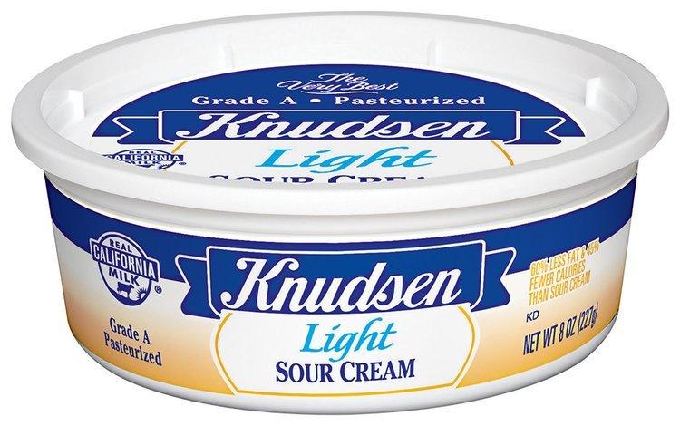 Knudsen Light  Sour Cream 8 Oz Tub