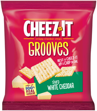 Cheez-It Grooves® Sharp White Cheddar Crispy Cracker Chips 1 oz. Pack