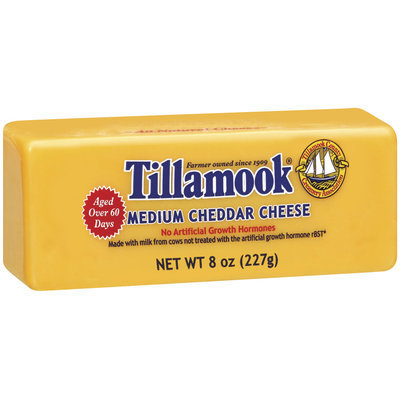 Tillamook Medium Cheddar Cheese 8 Oz Chunk