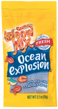 Meow Mix® Ocean Explosion Crunchy Cat Treats with Real Tuna, Ocean Fish & Salmon 2.1 oz. Bag