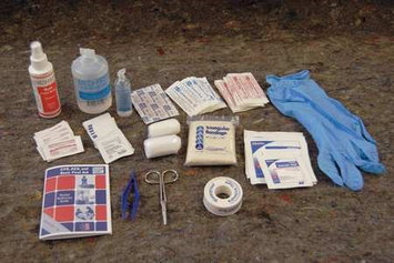 MEDIQUE 17270-1 First Aid/Burn Kit, Bulk, White,138 Pcs