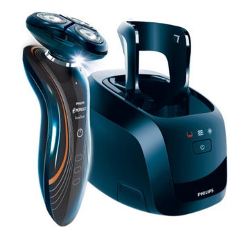 Philips Norelco SensoTouch 2D Electric Razor with Jet Clean 1160X/42