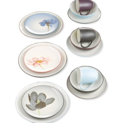 Noritake Dinnerware, Colorwave Floral Accent Plate