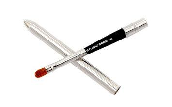 Studio Gear Cosmetics Lip Brush