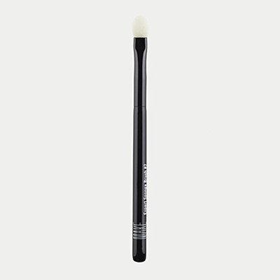 MAKE Cosmetics Expert Sponge Brush