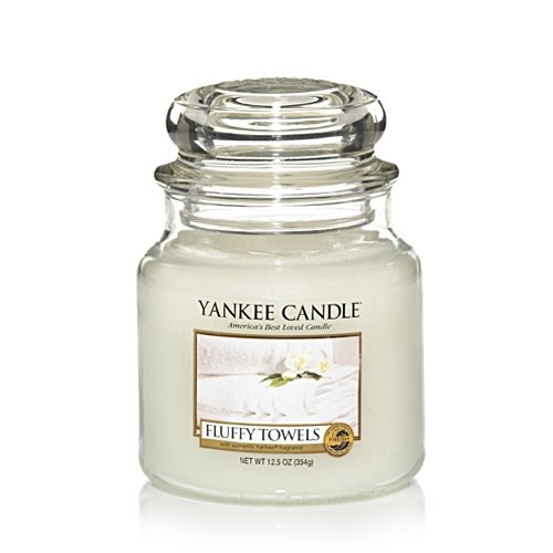 Yankee Candle Fluffy Towels? 14.5oz Jar Candle