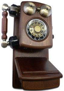 Golden Eagle GOLD-GEE8705W Country Wood Phone WALNUT