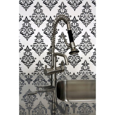 Graham & Brown Pallade Wallpaper - Black/White