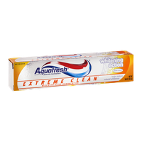 Aquafresh Extreme Clean Whitening Action Fluoride Toothpaste Mint Blast