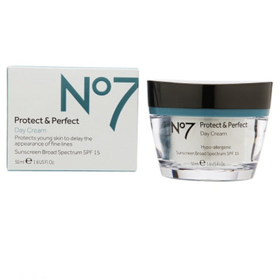 Boots No7 Protect & Perfect Day Cream