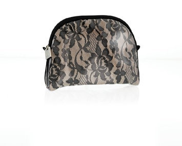 Danielle Vintage Charm Oval Cosmetic Case