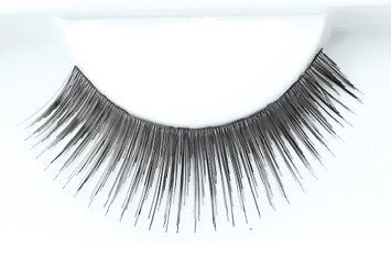 Reese Robert Been Around Strip Lashes with Adhesive