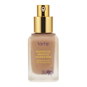 tarte Maracuja Miracle 12-Hour Foundation Broad