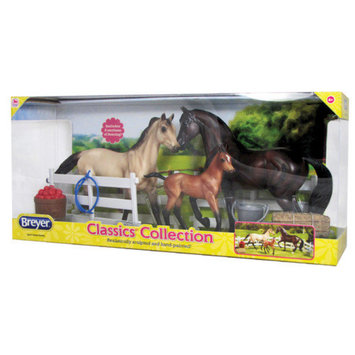 Reeves Breyer Sport Horse Family