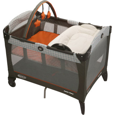 Graco Pack 'n Play with Reversible Napper and Changer, Milton