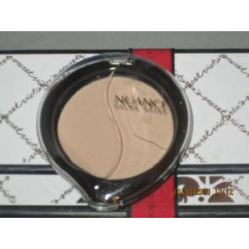 NUANCE/SALMA HAYEK **FLAWLESS COVERAGE MINERAL FOUNDATION** #225 LIGHT/MEDIUM**
