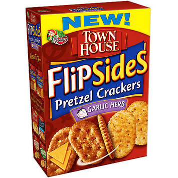 Keebler Town House Flipsides Pretzel Crackers Garlic Herb