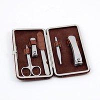 Kohls 5 Piece Manicure Set, Brown Croco Leather. BB200