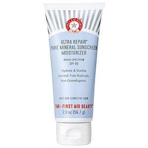 FIRST AID BEAUTY Ultra Repair Pure Mineral Sunscreen Moisturizer Broad Spectrum SPF 40