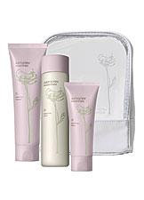 ARTISTRY® essentials balancing skincare system for Combination-to-Oily Skin