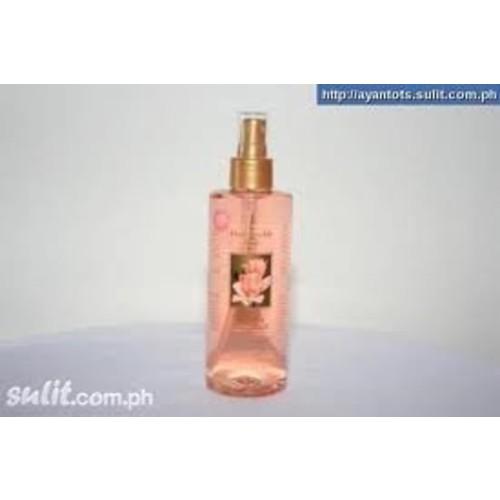 Victoria's Secret Garden Original Honeysuckle Belle Limited Edition Silkening Body Splash 8 oz. (236 ml)