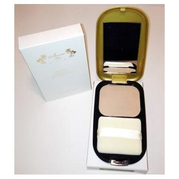 Amore Mio 24k Gold Compact Foundation #04 Beige