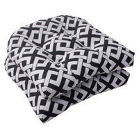 Pillow Perfect Outdoor 2-Piece Wicker Seat Cushion Set/White Boxed In Geometric