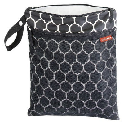 Grab and Go Wet/Dry Bag - Onyx Tile by Skip Hop