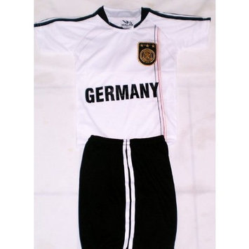 walas 2010 SOUTH AFRICA WORLD CUP KIDS GERMANY SOCCER JERSEY AND SHORTS SETS size 14 (for ages 11 & 12)