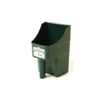 Miller Mfg. Miller Enclosed Feed Scoop Green 3 Quart - 150422