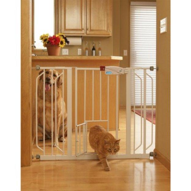 Carlson Pet Products Extra Wide Walk-Thru Gate - White (30