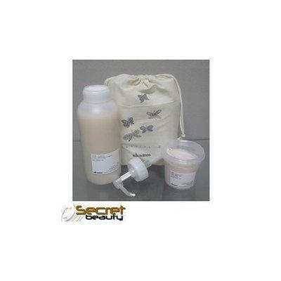 Davines Love Shampoo Liter 33.8 oz and Conditioner 8.45 oz Essential Bag