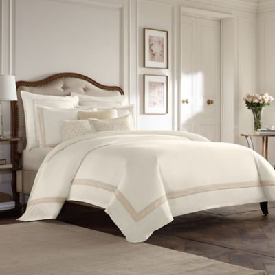 Wamsutta Collection Luxury Italian-Made Positano Duvet Cover in Ivory/Taupe