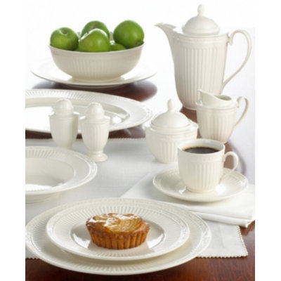 Mikasa Dinnerware, Set of 4 Italian Countryside Bread and Butter Plates