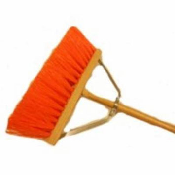 Mintcraft 454AOR Street Broom With Brace, 16
