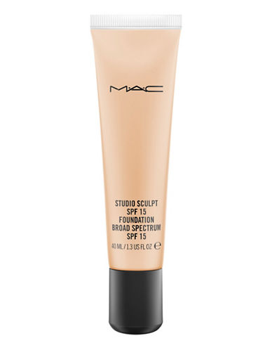 M.A.C Cosmetics Studio Sculpt Foundation