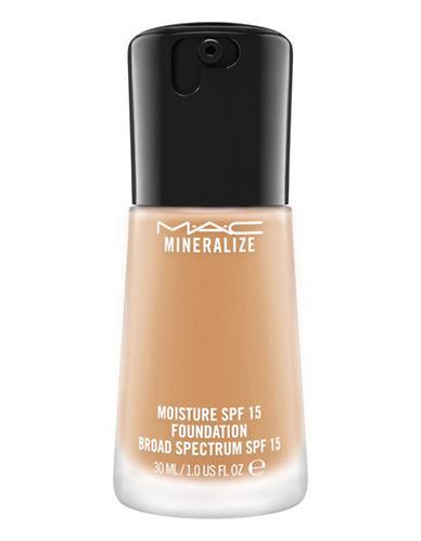 MAC Mineralize Moisture SPF15 Foundation