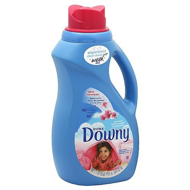 Downy Ultra Concentrated Fabric Softner