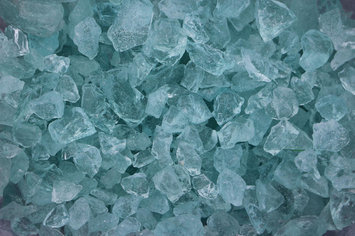 Wetsel Exotic Pebbles Glass 1/2-1In Aqua