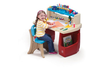 Step 2 Deluxe Art Master Desk - 1 ct.