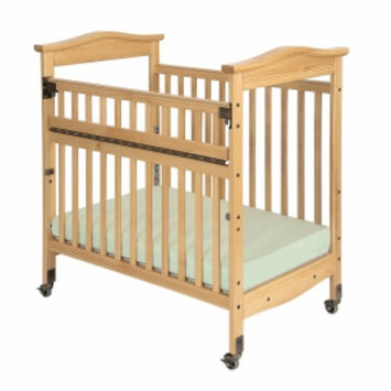Child Craft Kingswood Professional Child Care SafeAccess Compact Crib, Clearview Ends, Natural, 1 ea