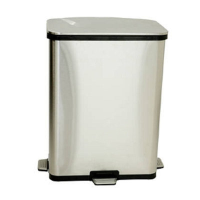 iTouchless Step Sensor Trash Can
