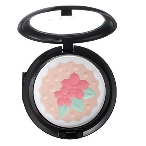 M-A-C Baking Beauties Pearlmatte Powder, In For A Treat