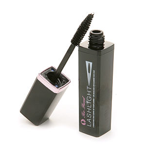 Too Faced Lash Light Mascara
