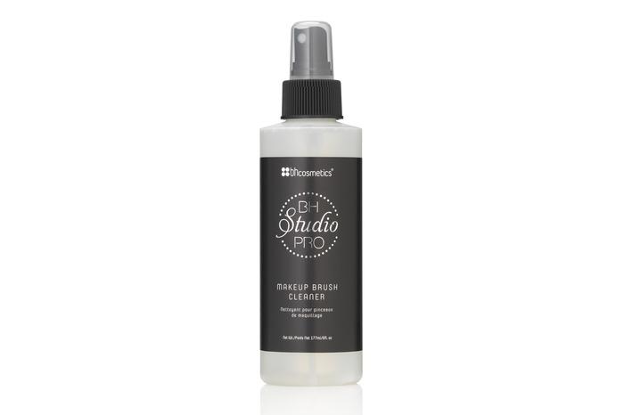 BH Cosmetics Studio Pro Makeup Brush Cleaner