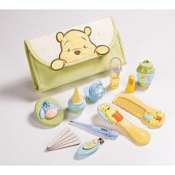 Summer Infant Pooh Health and Grooming Kit Set (Discontinued by Manufacturer)