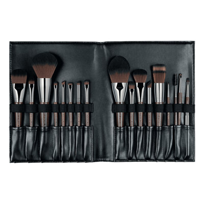 MAKE UP FOR EVER Brush Book